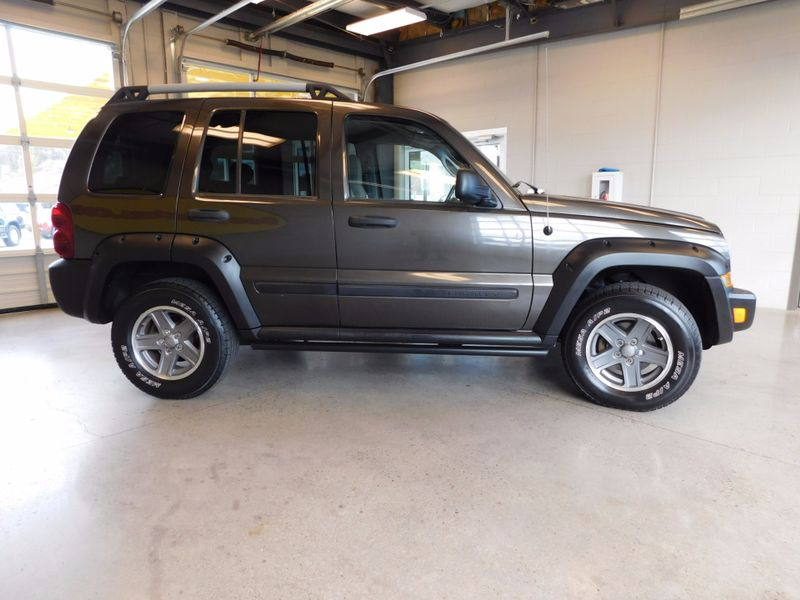 2005 Jeep Liberty Renegade  city TN  Doug Justus Auto Center Inc  in Airport Motor Mile ( Metro Knoxville ), TN