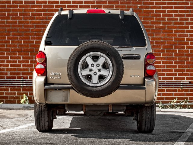 2005 Jeep Liberty Renegade Burbank, CA 3