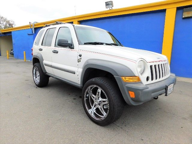 2005 Jeep Liberty Sport Limited warranty included to assure your worry-free purchase AutoCheck re