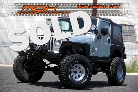 2005 Jeep Wrangler X - Modified - Manual - Lift kit  in Los Angeles