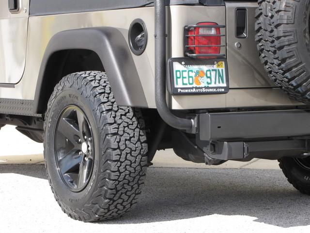 2005 Jeep Wrangler Rubicon Sahara Jacksonville , FL 20