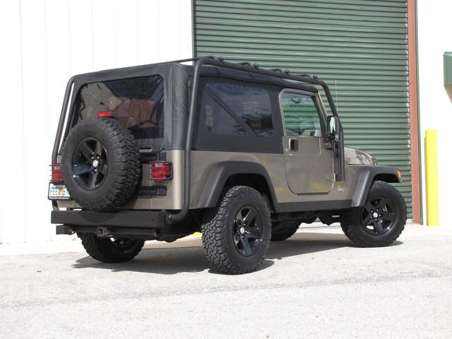 2005 Jeep Wrangler Rubicon Sahara Jacksonville , FL 56