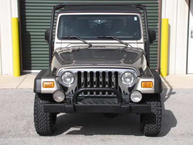 2005 Jeep Wrangler Rubicon Sahara Jacksonville , FL 12