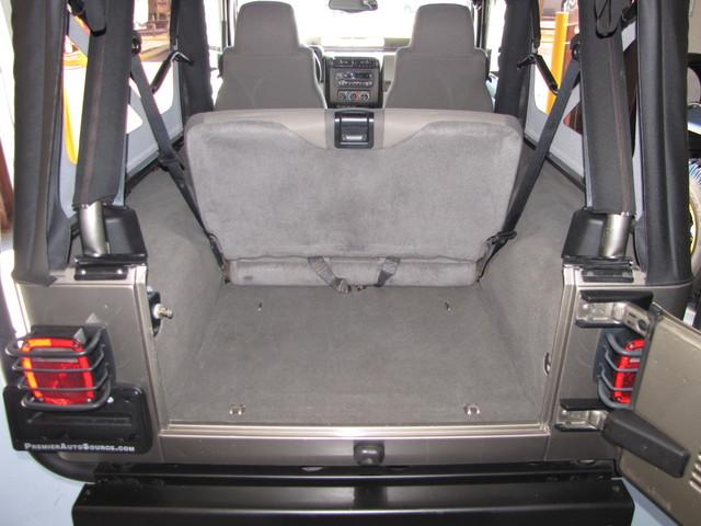2005 Jeep Wrangler Rubicon Sahara Jacksonville , FL 38