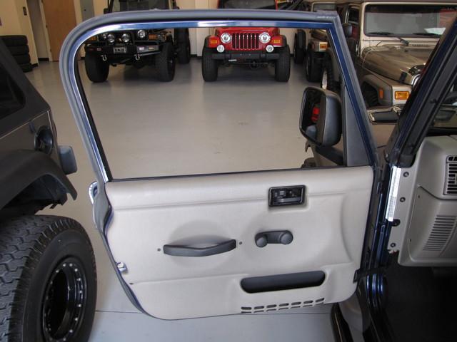 2005 Jeep Wrangler X Jacksonville , FL 28