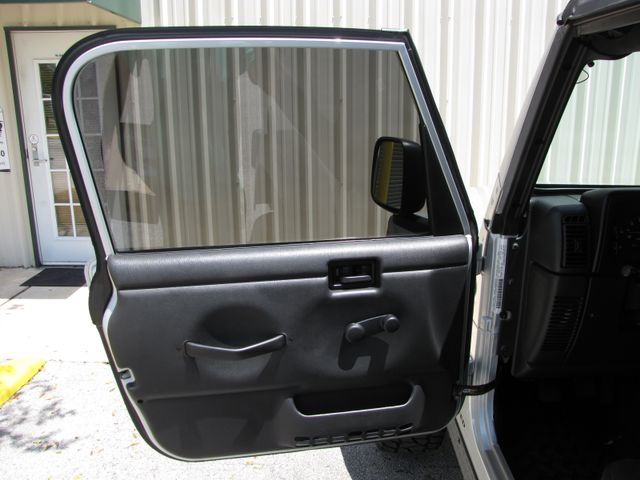 2005 Jeep Wrangler Unlimited Rubicon LJ Jacksonville , FL 41