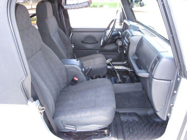2005 Jeep Wrangler Unlimited Rubicon LJ Jacksonville , FL 36