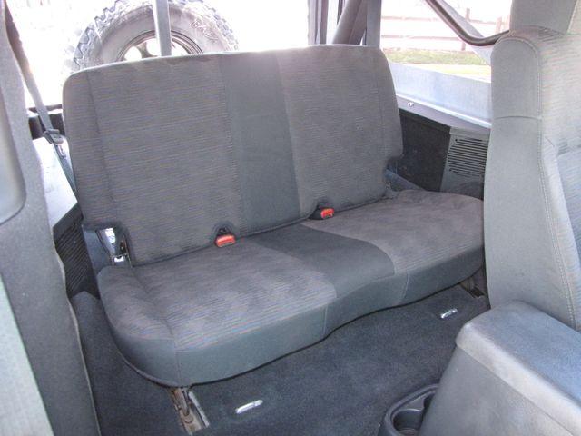 2005 Jeep Wrangler Unlimited Rubicon LJ Jacksonville , FL 37