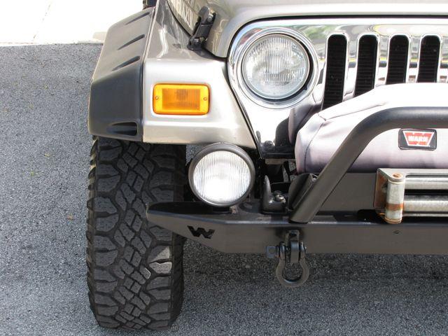 2005 Jeep Wrangler Unlimited Rubicon Sahara Jacksonville , FL 16