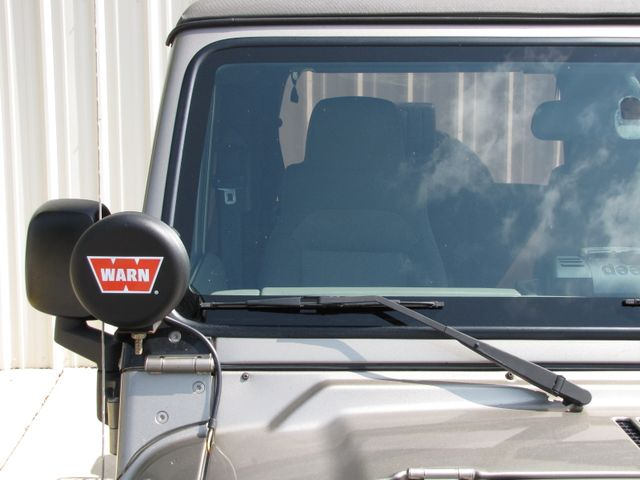 2005 Jeep Wrangler Unlimited Rubicon Sahara Jacksonville , FL 18