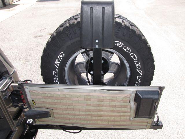 2005 Jeep Wrangler Unlimited Rubicon Sahara Jacksonville , FL 39