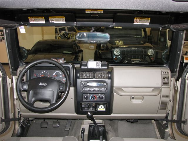 2005 Jeep Wrangler Unlimited Rubicon Sahara Jacksonville , FL 28
