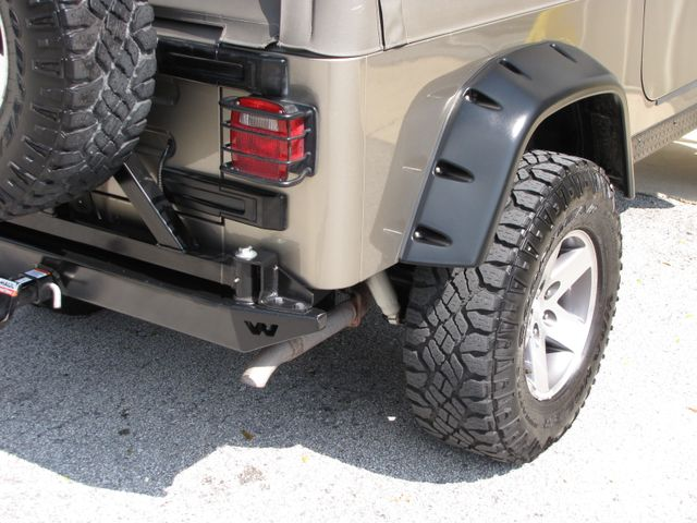 2005 Jeep Wrangler Unlimited Rubicon Sahara Jacksonville , FL 23