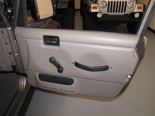 2005 Jeep Wrangler Unlimited Rubicon Sahara Jacksonville , FL 41