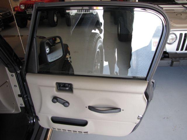 2005 Jeep Wrangler Rubicon Jacksonville , FL 42
