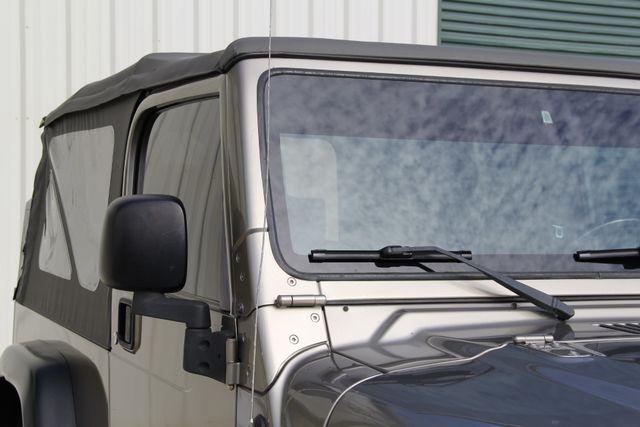 2005 Jeep Wrangler Rubicon Sahara Unlimited LJ Jacksonville , FL 18