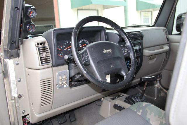 2005 Jeep Wrangler Rubicon Sahara Unlimited LJ Jacksonville , FL 25