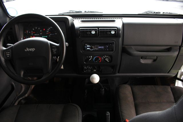 2005 Jeep Wrangler Sport 4X4 - TONS OF EXTRA$! Mooresville , NC 30