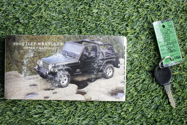 2005 Jeep Wrangler Sport 4X4 - TONS OF EXTRA$! Mooresville , NC 18