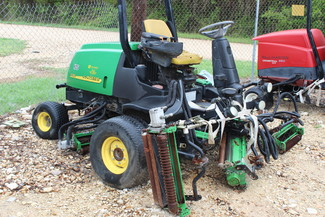 2005 John Deere 3225C Fairway Mower San Antonio, Texas