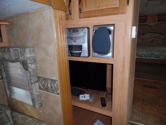 2005 Keystone Laredo 29GS Mandan, North Dakota 4