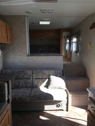 2005 Kz Sportsmen Frontier 2251 Mandan, North Dakota 3