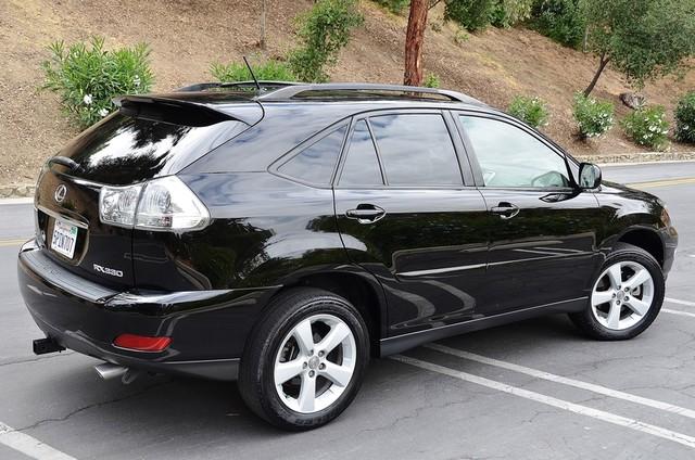 2005 Lexus RX 330 4WD - AUTO - PREMIUM PKG - SUNROOF - 1-OWNER Reseda, CA 17