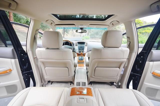 2005 Lexus RX 330 4WD - AUTO - PREMIUM PKG - SUNROOF - 1-OWNER Reseda, CA 7