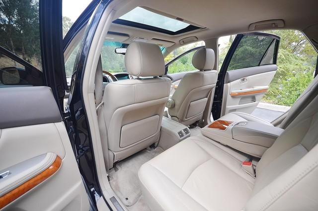 2005 Lexus RX 330 4WD - AUTO - PREMIUM PKG - SUNROOF - 1-OWNER Reseda, CA 20