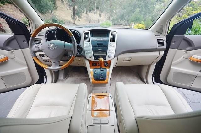 2005 Lexus RX 330 4WD - AUTO - PREMIUM PKG - SUNROOF - 1-OWNER Reseda, CA 6