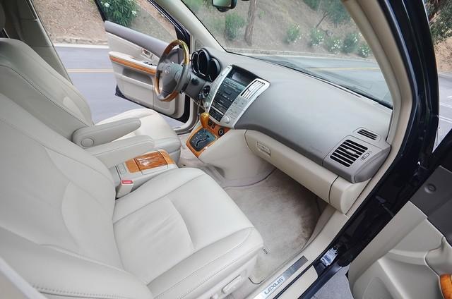 2005 Lexus RX 330 4WD - AUTO - PREMIUM PKG - SUNROOF - 1-OWNER Reseda, CA 26