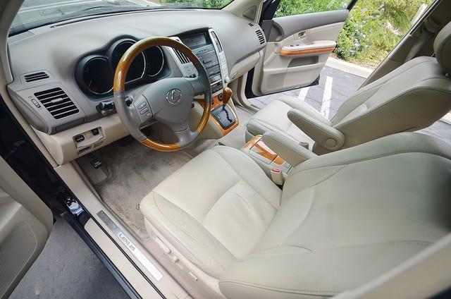 2005 Lexus RX 330 4WD - AUTO - PREMIUM PKG - SUNROOF - 1-OWNER Reseda, CA 29