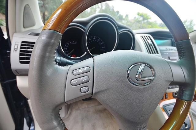2005 Lexus RX 330 4WD - AUTO - PREMIUM PKG - SUNROOF - 1-OWNER Reseda, CA 30
