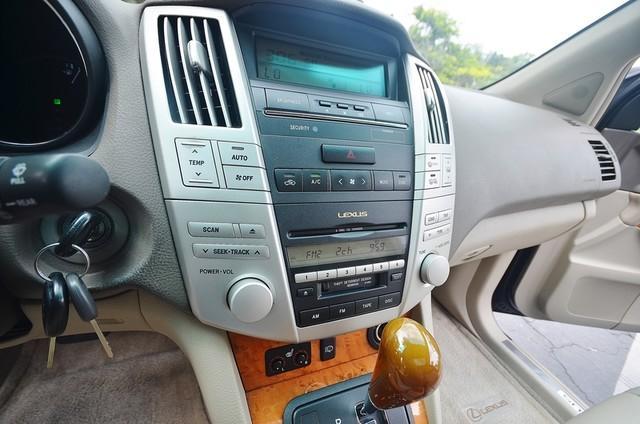 2005 Lexus RX 330 4WD - AUTO - PREMIUM PKG - SUNROOF - 1-OWNER Reseda, CA 31
