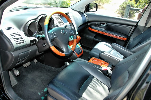 2005 Lexus RX 330 Studio City, California 16