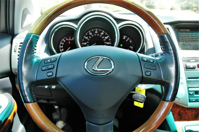 2005 Lexus RX 330 Studio City, California 17