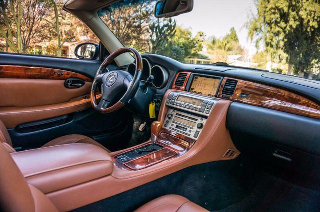 2005 Lexus SC 430 Reseda, CA 33