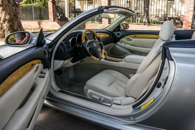 2005 Lexus SC 430  AUTO - 44K MILES - NAVI Reseda, CA 15