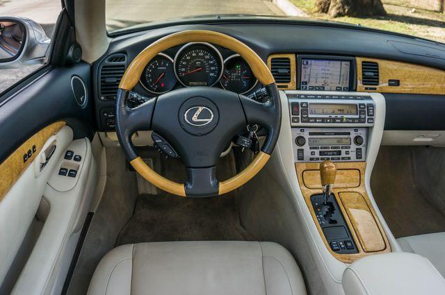 2005 Lexus SC 430  AUTO - 44K MILES - NAVI Reseda, CA 20
