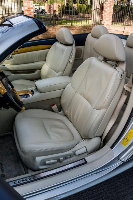 2005 Lexus SC 430  AUTO - 44K MILES - NAVI Reseda, CA 29
