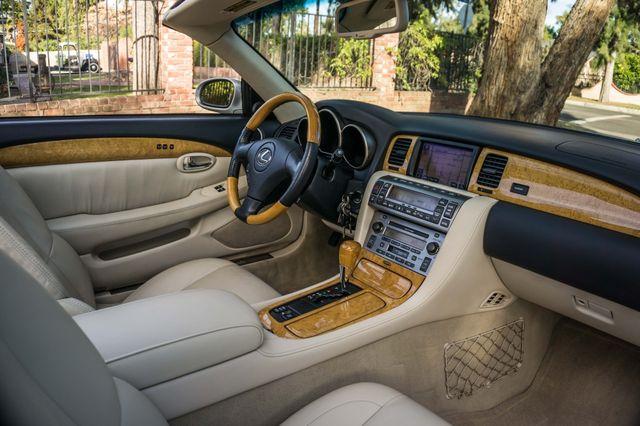 2005 Lexus SC 430  AUTO - 44K MILES - NAVI Reseda, CA 33