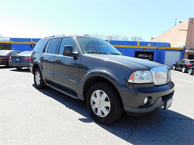 2005 Lincoln Aviator Limited warranty included to assure your worry-free purchase AutoCheck repor