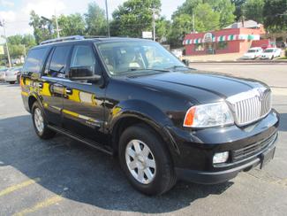 2005 Lincoln Navigator ULTIMATE 4WD Saint Ann, MO 4