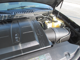 2005 Lincoln Navigator ULTIMATE 4WD Saint Ann, MO 37