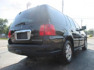 2005 Lincoln Navigator ULTIMATE 4WD Saint Ann, MO 7