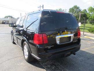 2005 Lincoln Navigator ULTIMATE 4WD Saint Ann, MO 9