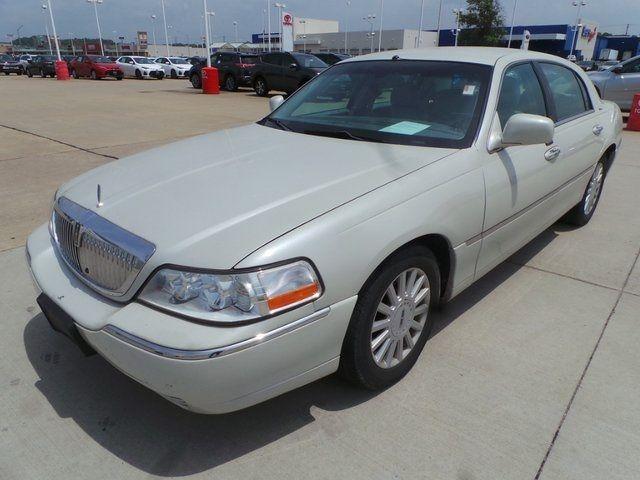 2005 Lincoln Town Car Signature Cape Girardeau, Missouri 4