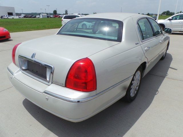 2005 Lincoln Town Car Signature Cape Girardeau, Missouri 8