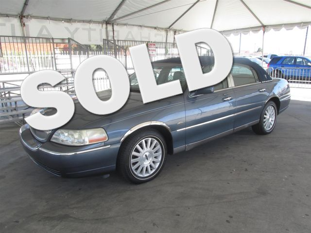 2005 Lincoln Town Car Signature Please call or e-mail to check availability All of our vehicles