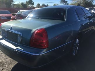 2005 Lincoln Town Car Signature Limited AUTOWORLD (702) 452-8488 Las Vegas, Nevada 3